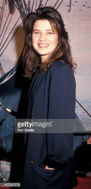 Daphne Zuniga at the Premiere of 'Dances With Wolves' Cineplex Odeon Cinema Century City