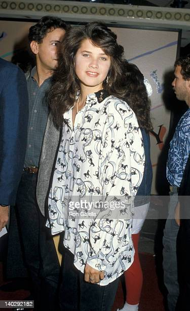 Daphne Zuniga at the Premiere of 'Nobody's Fool' Mann Village Theater Westwood