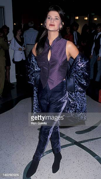 Daphne Zuniga FOX Actresses Model Fashions by Shauna Stein Jose Eber Salon Beverly Hills