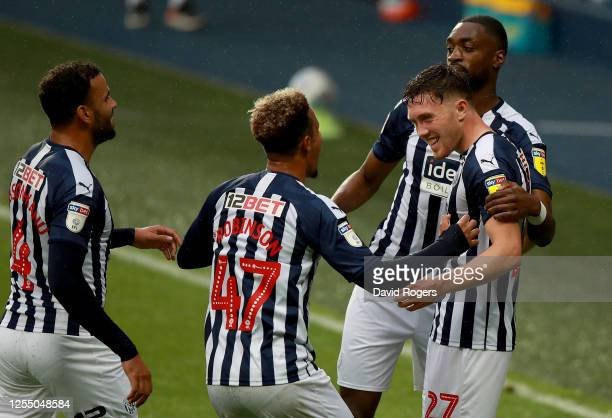 Dara O'Shea of West Bromwich Albion celebrate with his team mates after he scores the 2nd goal during the Sky Bet Championship match between West...