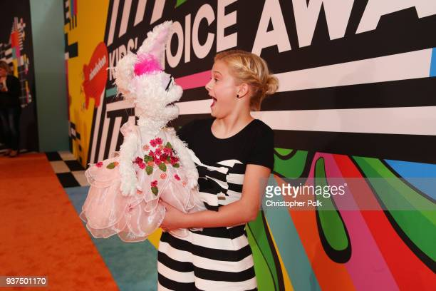 Darci Lynne attends Nickelodeon's 2018 Kids' Choice Awards at The Forum on March 24 2018 in Inglewood California