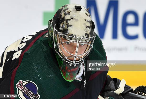 Darcy Kuemper of the Arizona Coyotes gets ready to make a save against the Vegas Golden Knights at Gila River Arena on May 01, 2021 in Glendale,...