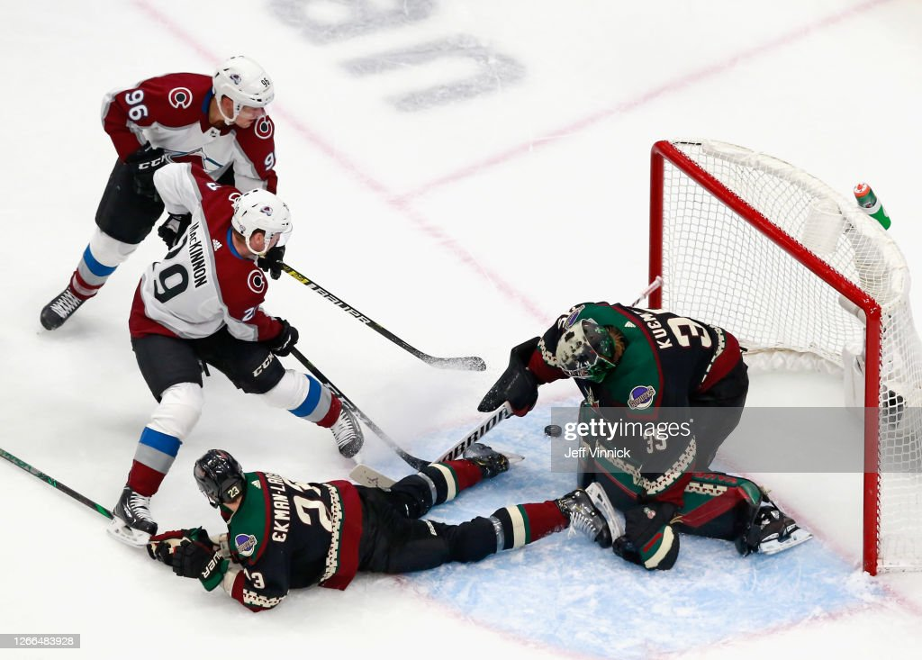 Colorado Avalanche v Arizona Coyotes - Game Three : News Photo