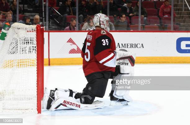 Darcy Kuemper of the Arizona Coyotes prepares for the start of the third period against the Florida Panthers at Gila River Arena on February 25 2020...