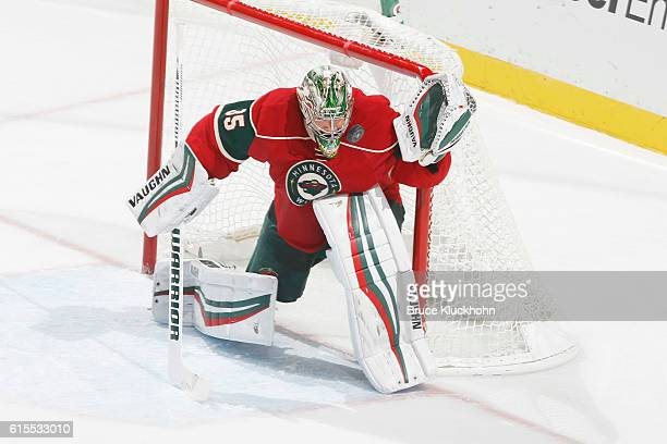 Darcy Kuemper of the Minnesota Wild makes a save against the Los Angeles Kings during the game on October 18 2016 at the Xcel Energy Center in St...
