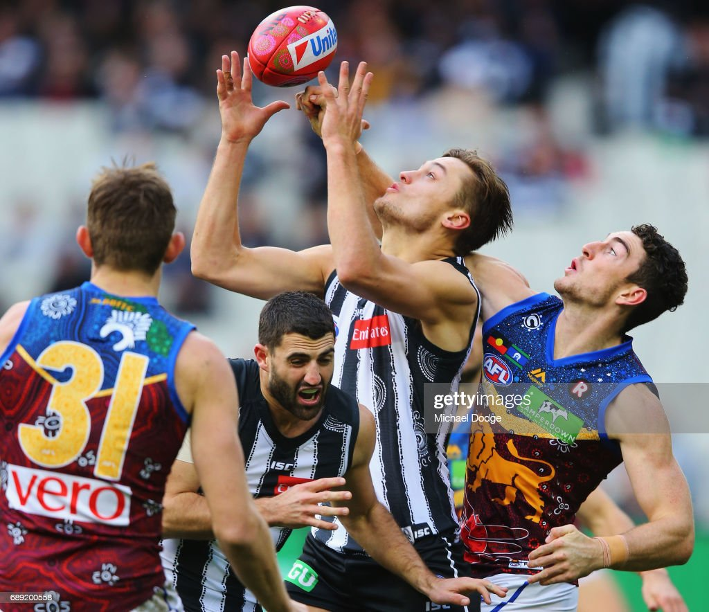 AFL Rd 10 - Collingwood v Brisbane : News Photo