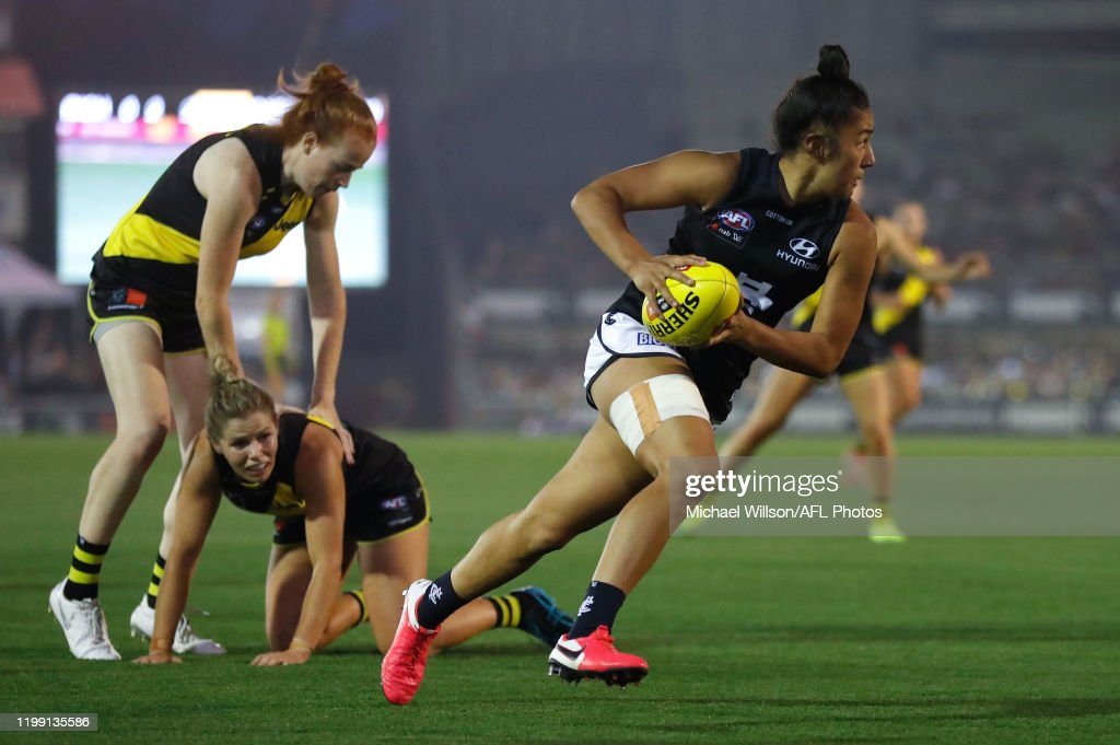 AFLW Rd 1 - Richmond v Carlton : News Photo