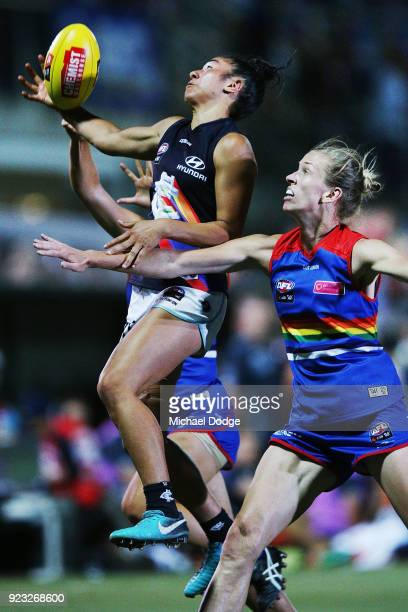Darcy Vescio of the Blues takes a mercurial one handed mark during the round four AFLW match between the Western Bulldogs and the Carlton Blues at...