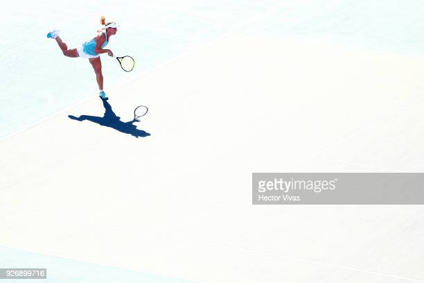 Daria Gavrilova of Australia serves during a semifinal match between Daria Gavrilova of Australia and Lesia Tsurenko of Ukraine as part of the Telcel...