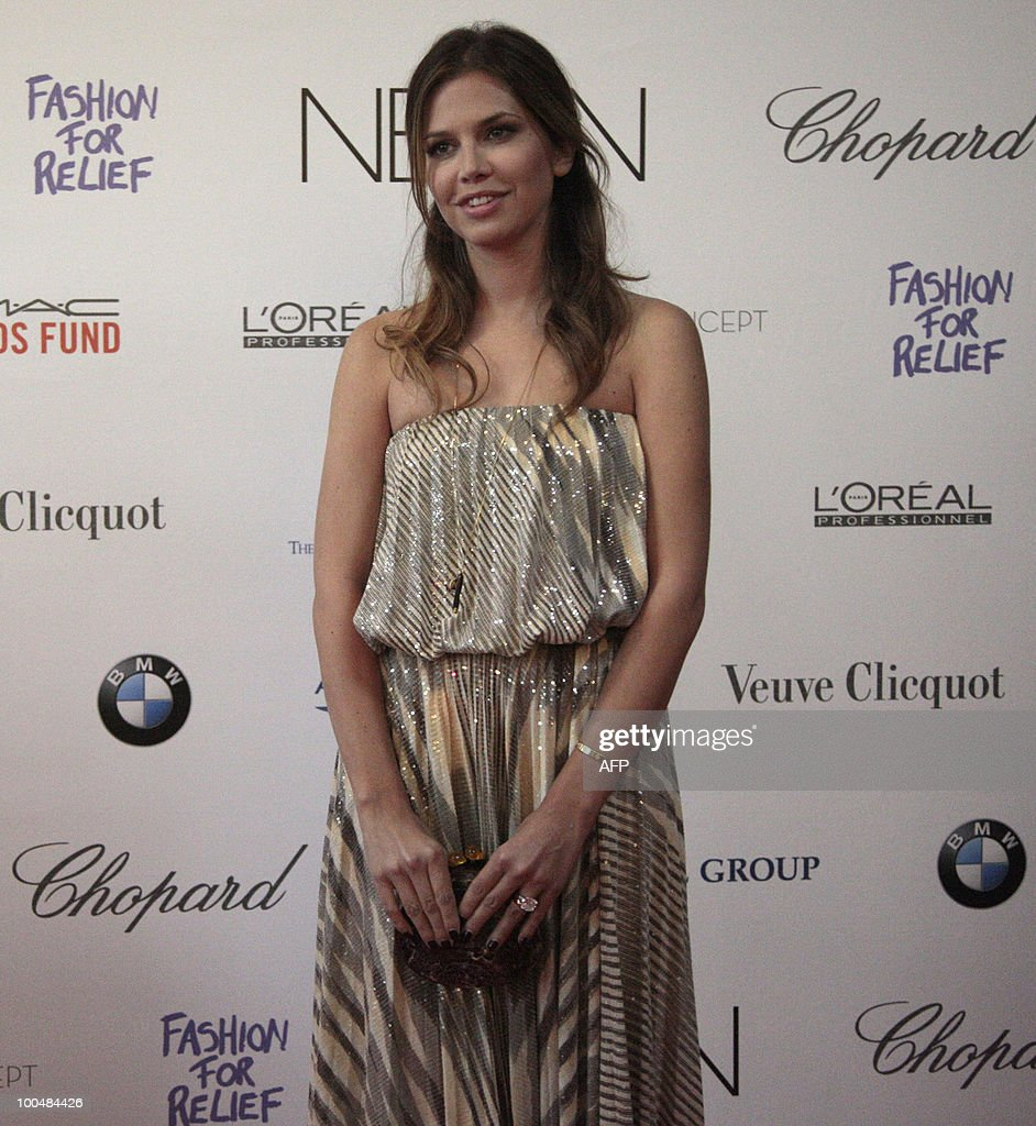 Daria Zhukova, girlfriend of Russian billionaire oligarch Roman Abramovich, attends a photocall in Moscow on May 24, 2010 at a gala fashion for charity event.