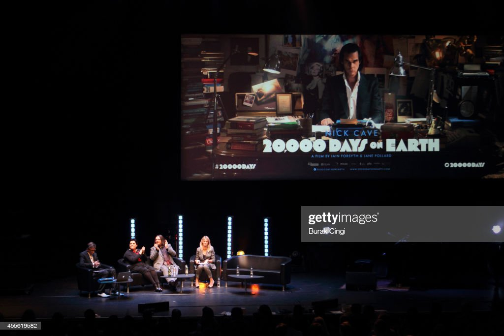 Nick Cave Performs At Barbican Centre In London : News Photo