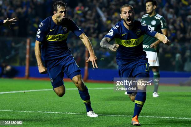 Dario Benedetto of Boca Juniors celebrates after scoring the first goal of his team during the Semi Final firstleg match between Boca Juniors and...