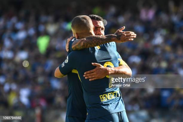 Dario Benedetto of Boca Juniors celebrates after scoring the first goal of his team during a match between Boca Juniors and Godoy Cruz as part of...
