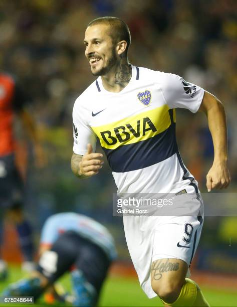 Dario Benedetto of Boca Juniors celebrates after scoring the first goal of his team during a match between Boca Juniors and Arsenal as part of Torneo...