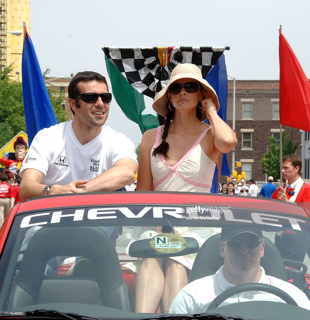 90th Running of The Indianapolis 500 - The Indy 500 All Star Festival Parade : Fotografía de noticias