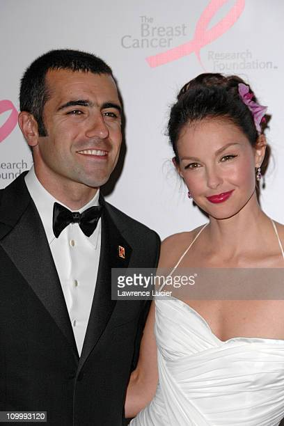 Dario Franchitti and Ashley Judd during The Breast Cancer Research Foundation Presents The Very Hot Pink Party April 10 2006 at Waldorf Astoria in...