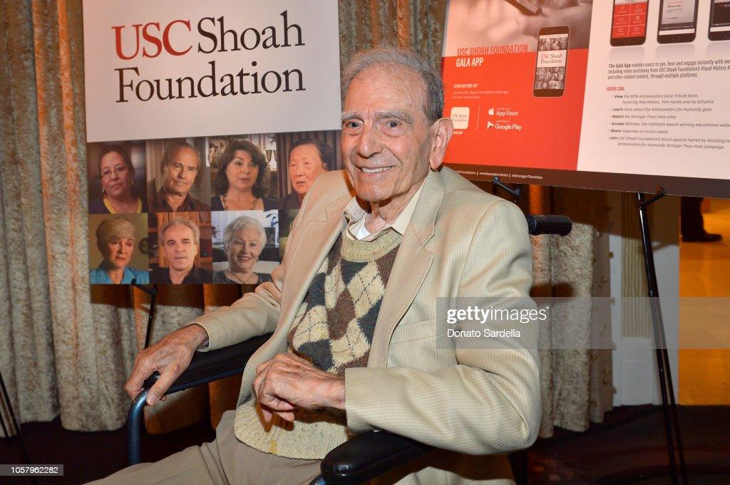 Ambassadors For Humanity Gala Benefiting USC Shoah Foundation Honoring Rita Wilson And Tom Hanks : Nachrichtenfoto