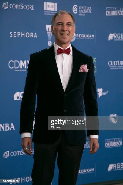 Dario Pie poses during during the 59th Ariel Awards Red Carpet at Palacio de Bellas Artes on July 11 2017 in Mexico City Mexico