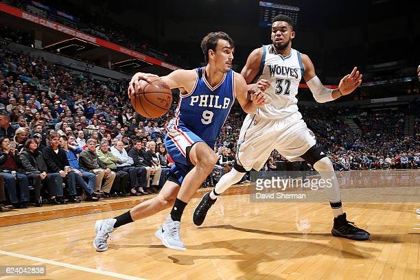 Dario Saric of the Philadelphia 76ers drives to the basket against the Minnesota Timberwolves on November 17 2016 at Target Center in Minneapolis...