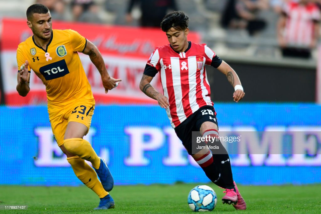 Estudiantes v Rosario Central - Superliga 2019/20 : News Photo
