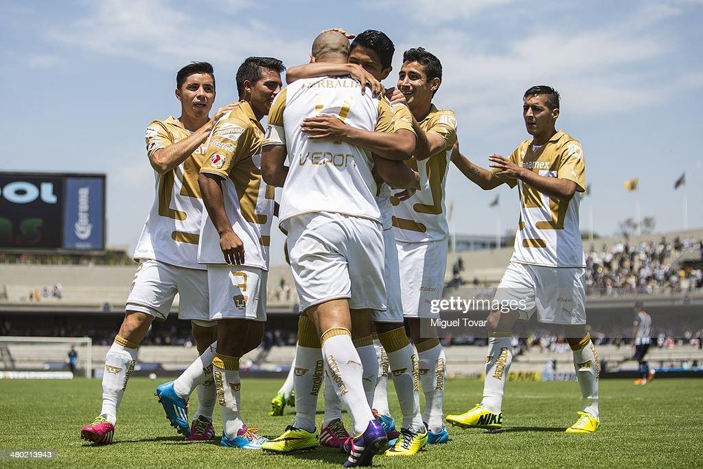 Pumas UNAM v Monterrey - Clausura 2014 Liga MX