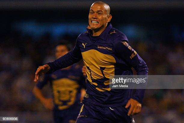 Dario Veron of Pumas UNAM celebrates after scoring a goal against Aguilas del America in a Mexican league Apertura 2009 soccer match at the Olympic...