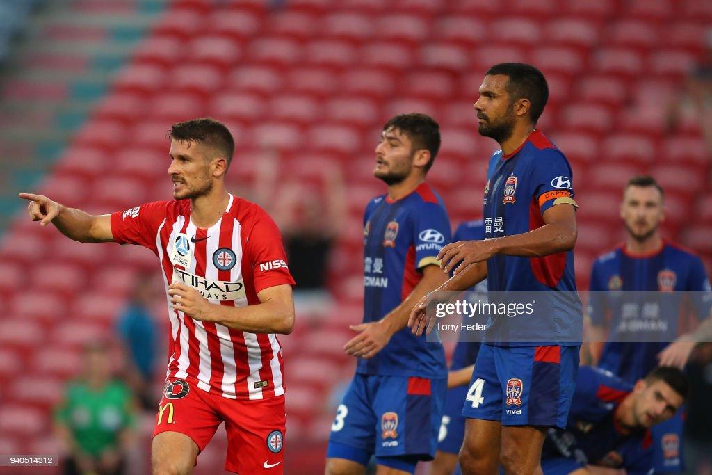 A-League Rd 25 - Newcastle v Melbourne : News Photo