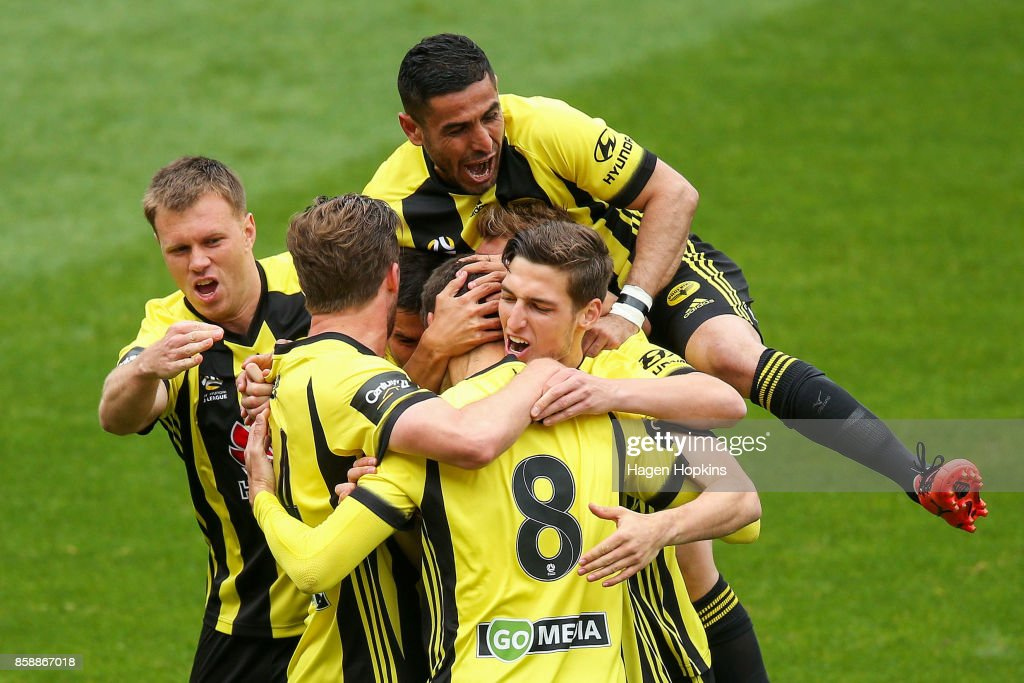 A-League Rd 1 - Wellington v Adelaide