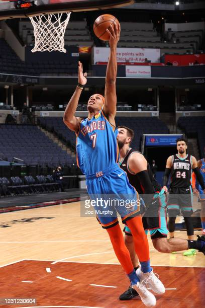 Darius Bazley of the Oklahoma City Thunder drives to the basket during the game against the Memphis Grizzlies on February 17, 2021 at FedExForum in...