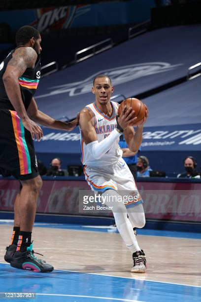 Darius Bazley of the Oklahoma City Thunder drives to the basket during the game against the San Antonio Spurs on February 24, 2021 at Chesapeake...