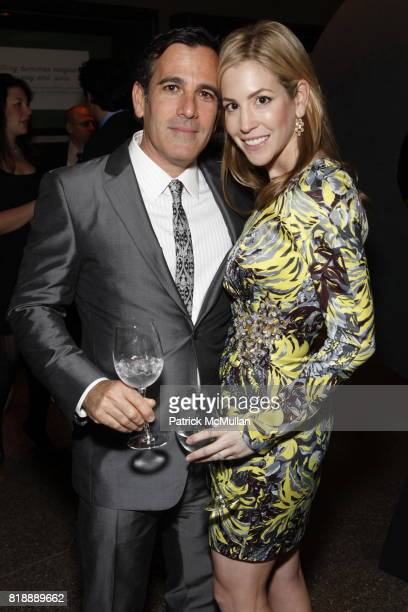 Darius Bikoff and Jill Bikoff attend 92nd Street Y Annual Spring Gala starring Barry Manilow at 92nd Street Y on May 17 2010 in New York