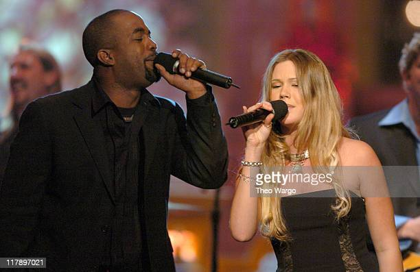 Darius Rucker of Hootie The Blowfish and Joss Stone perform at TNT's Christmas in Washington Concert to air Sunday December 14 at 8pm ET/PT live from...