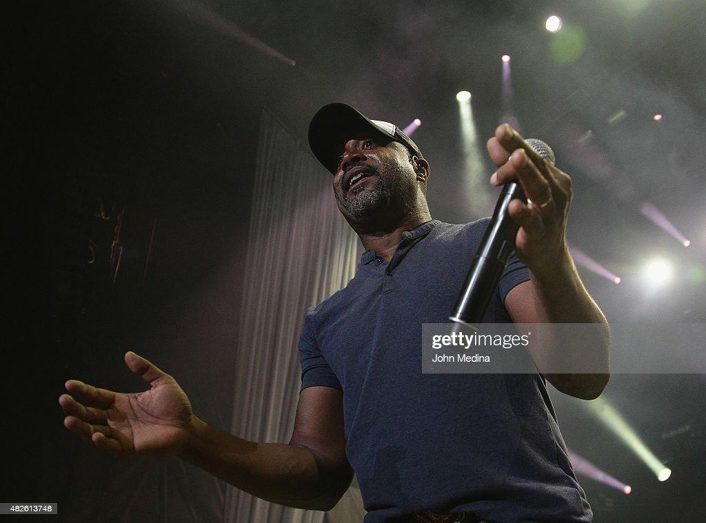 Darius Rucker In Concert - Mountain View, CA