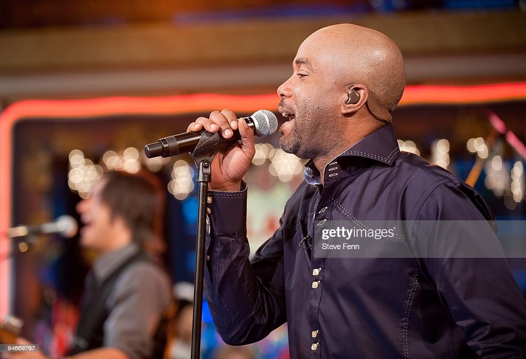 AMERICA - Darius Rucker performs on GOOD MORNING AMERICA, 12/16/09. GOOD MORNING AMERICA airs Monday-Friday (7:00am-9am, ET) on the ABC Television Network. GM09 (Photo by Steve Fenn/ABC via Getty Images) DARIUS