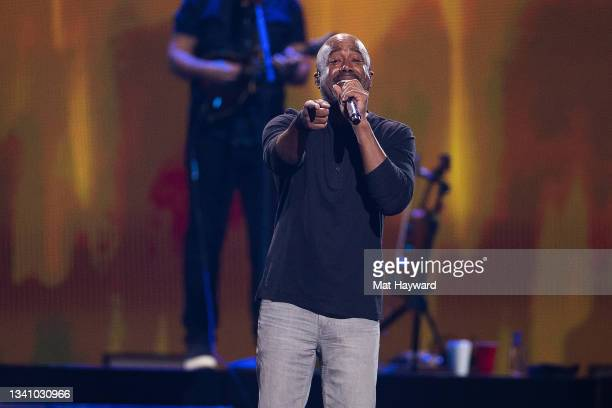Darius Rucker performs on stage during the iHeartRadio Music Festival at T-Mobile Arena on September 17, 2021 in Las Vegas, Nevada.
