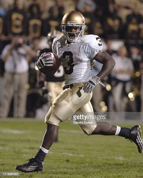 Darius Walker goes for a TD untouched in Notre Dame's 49-28 win over Purdue in Ross Ade Stadium, West Lafayette, IN 10-1-05.