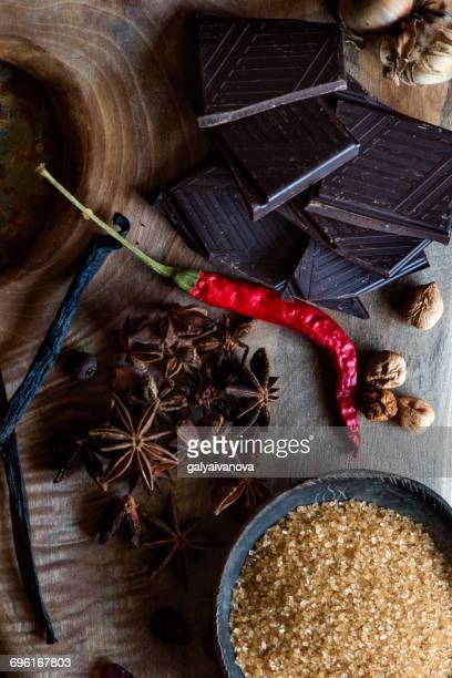 Dark Chocolate, sugar, star anise, chili, vanilla and hazelnuts
