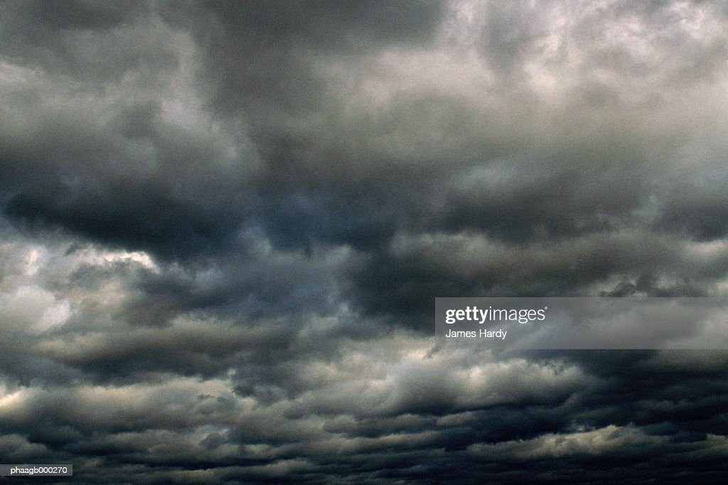 Dark clouds : Stockfoto