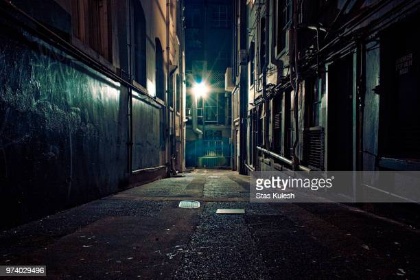 dark, empty alley, auckland, new zealand - dark stock pictures, royalty-free photos & images
