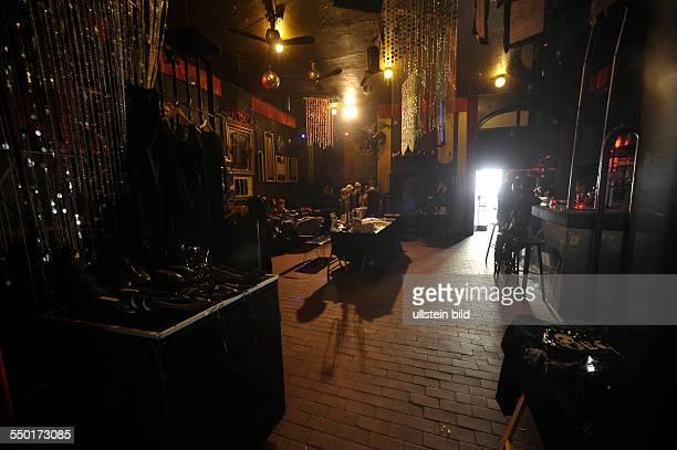 Dark Market - Der schwarze Trödelmarkt im Duncker-Club in Berlin-Prenzlauer Berg