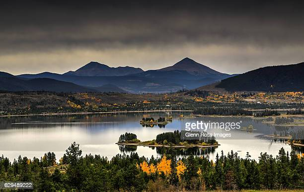 dark sky at dillon reservoir. - silverthorne stock photos and pictures