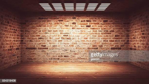 escuro, assustador, vazio escritório ou subsolo quarto - tijolo material de construção - fotografias e filmes do acervo