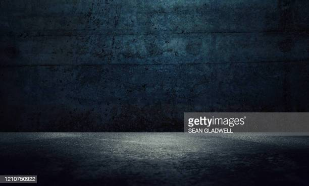 dark wall background - black colour stock pictures, royalty-free photos & images