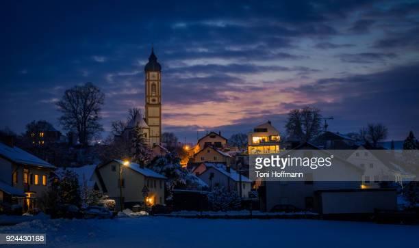 dark winter night in fürstenfeldbruck - oberbayern stock-fotos und bilder