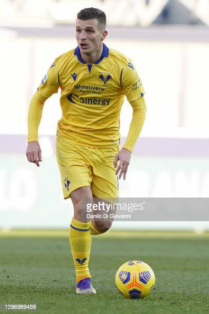 Darko Lazović of Hellas Verona in action during the Serie A match between Bologna FC and Hellas Verona FC at Stadio Renato Dall'Ara on January 16,...