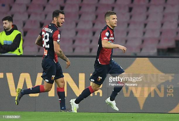 Darko Lazovic and Pedro Pereira of Genoa CFC celebrate the 1-1 goal scored by Darko Lazovic during the Serie A match between SSC Napoli and Genoa CFC...