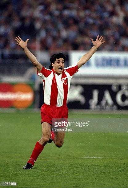 Darko Pancev of Red Star Belgrade celebrates after scoring the winning penalty during the European Cup final against Marseille in Bari Italy Red Star...