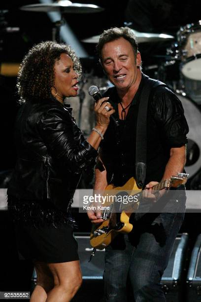 Darlene Love performs with Bruce Springsteen and the E Street Band onstage at the 25th Anniversary Rock Roll Hall of Fame Concert at Madison Square...