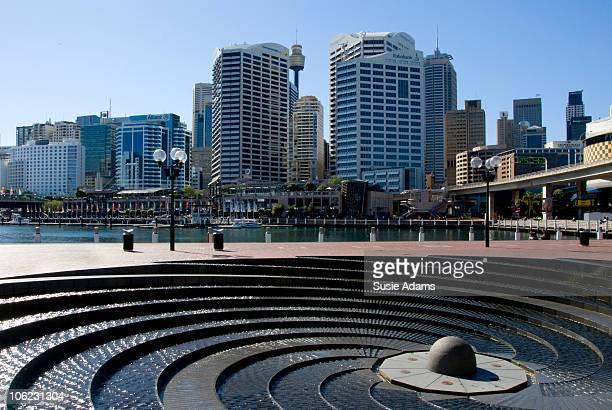 darling harbour, sydney - ダーリング港 ストックフォトと画像