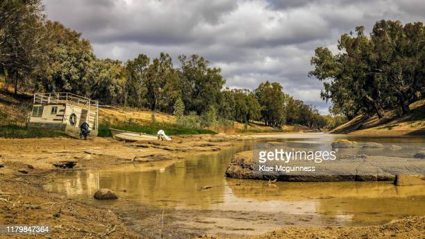 darling river 4 - drought stock pictures, royalty-free photos & images